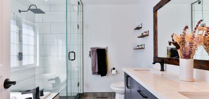 sidekix media g51F6 WYzyU unsplash 1 720x340 - Drømmer du om et nyt badeværelse?
