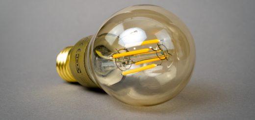 mika baumeister oXb5tA61wI unsplash 520x245 - Alt du bør vide om LED-pærer